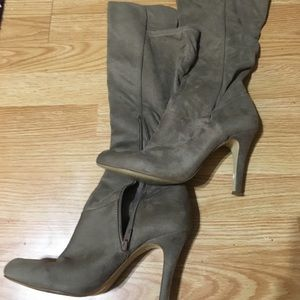 Women's knee boots 9M INC International Concepts.
